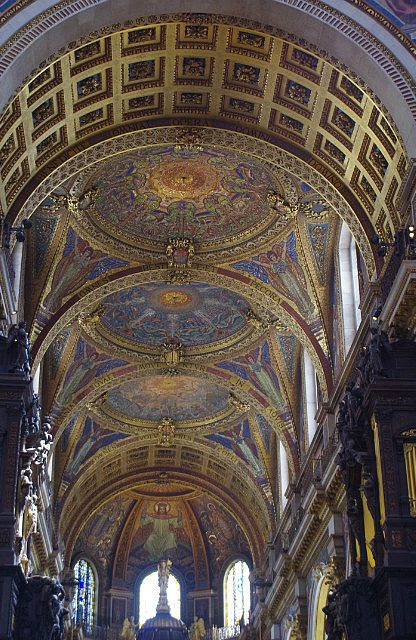 St. Paul's cathedral ceiling