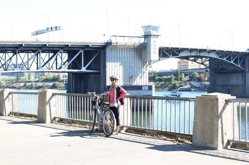biking along the Willamette River