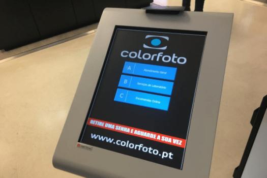 COLORFOTO invests in QMAGINE queue management system