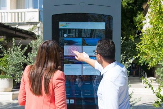 PARTTEAM & OEMKIOSKS has invested in the integration of sensors in multimedia kiosks