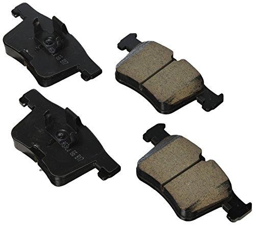 Akebono EUR1561A Ultra premium Brake pad Set