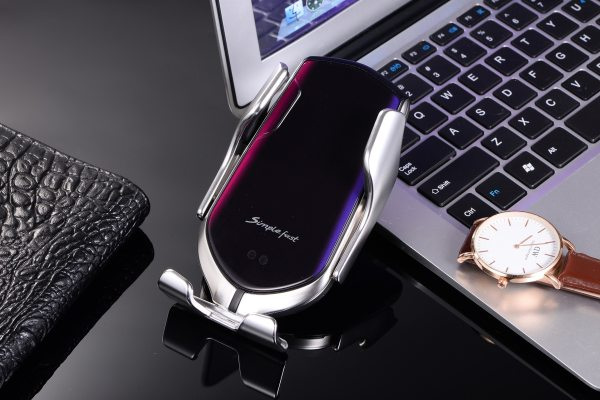 Qi Automatic Clamping 10W Wireless Charger Car