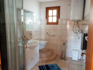 Badezimmer unteres Stockwerk