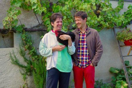 en compagnie de Loïc et du coq Anka dans mes bras