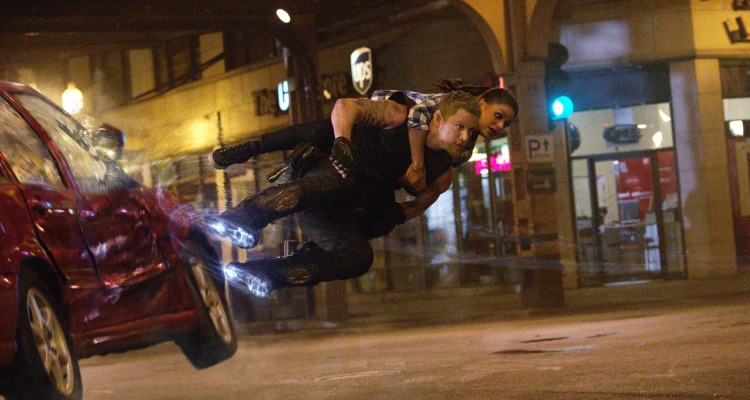 Jupiter Ascending aims for the stars and ends up burying itself