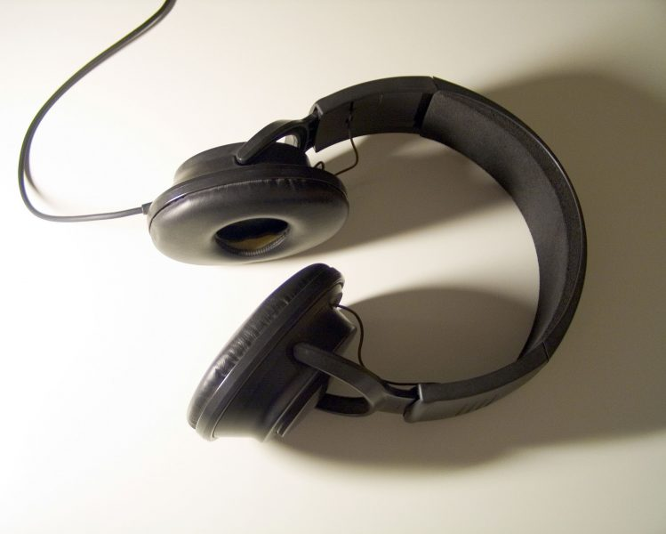 Headphones from Morguefile