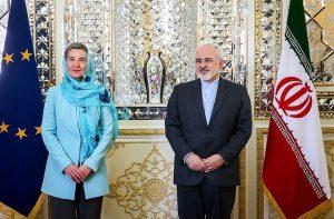 Javad Zarif con Federica Mogherini a Teheran nel 2016