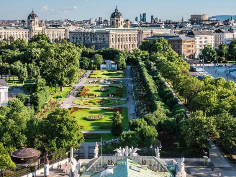 City break Viena, 114 EUR/2 persoane (ZBOR+CAZARE)