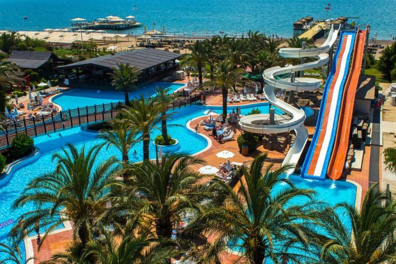 Mic ghid de calatorie – ce sa faci intr-o vacanta in Antalya, Turcia, ce sa nu ratezi, atractii turistice!