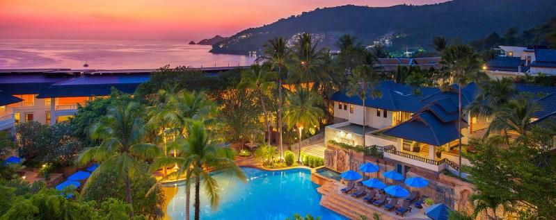 Camera deluxe la 5* Diamond Cliff Resort & Spa in Phuket – 33 euro/noapte