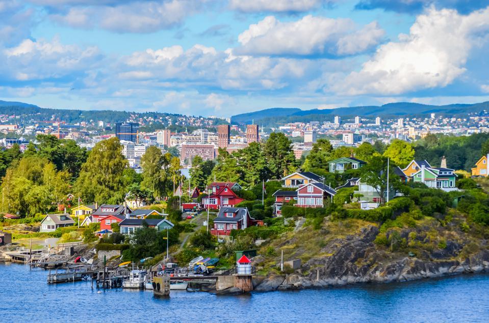 Zboruri foarte ieftine catre Oslo, Norvegia – 26 euro ( dus – intors)