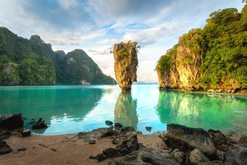 2022! Zboruri ieftine catre Phuket, Thailanda de la 511 euro (dus-intors)