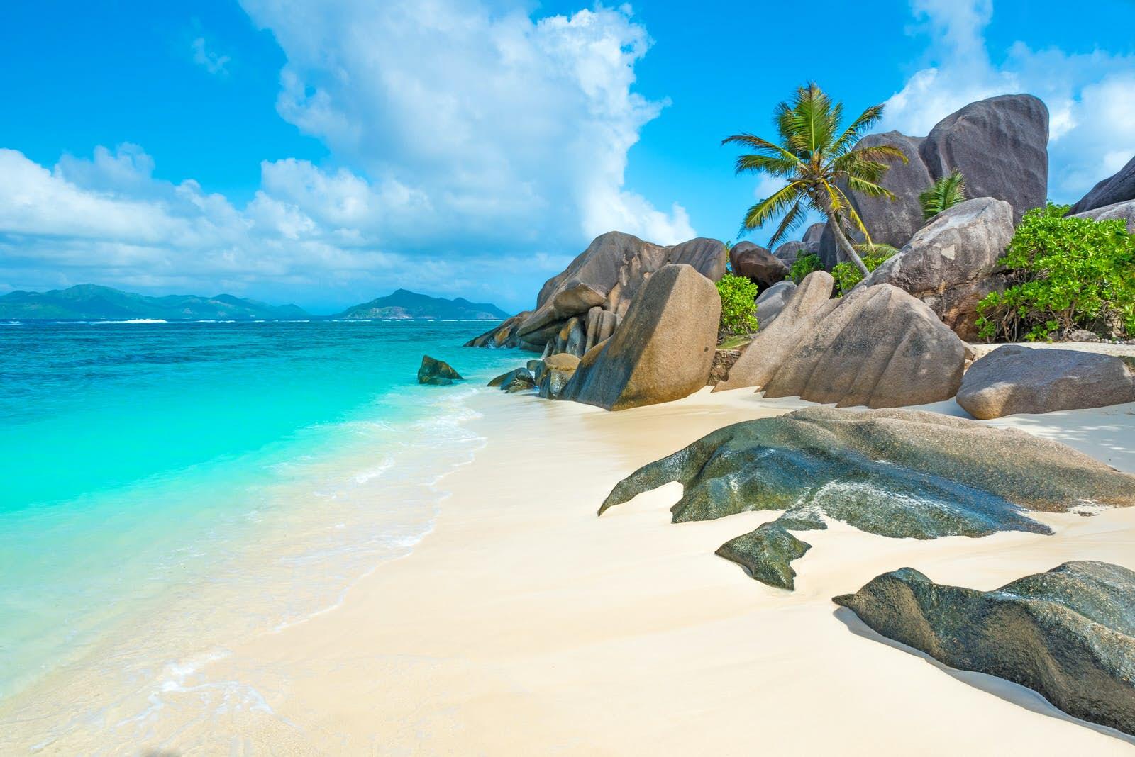 Seychelles va fi redeschis pentru turiștii din întreaga lume pe 25 martie