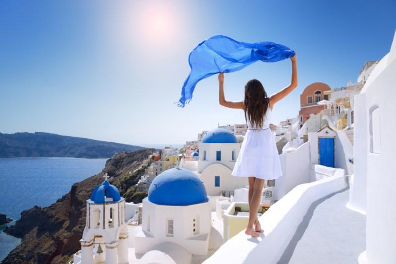 Vacanta in Santorini, Grecia, doar 199 euro (zbor + cazare 5 nopti)!!!
