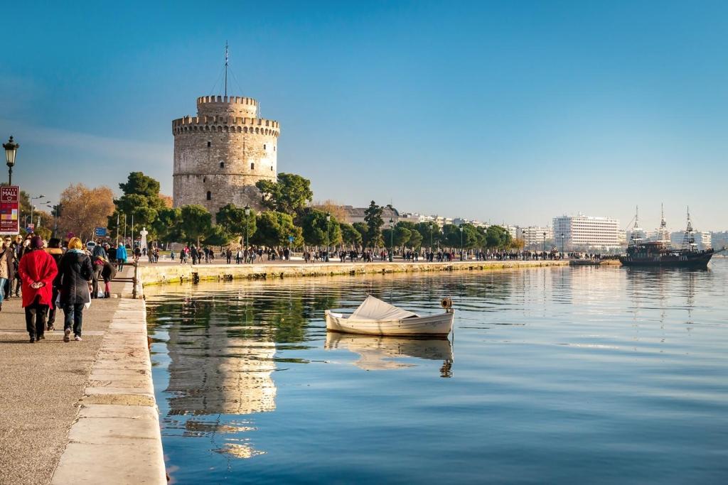 Weekend prelungit in Salonic/Thessaloniki, Grecia, doar 61 euro (zbor + cazare 3 nopti)!!!