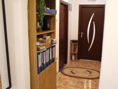 Vand apartament 2 camere Sector.3