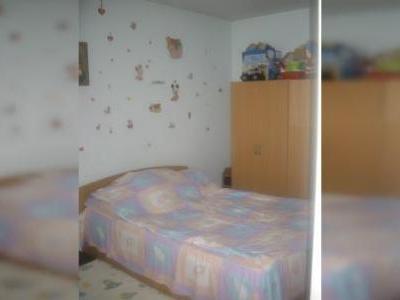 Apartament 2 cam , Titan Metrou