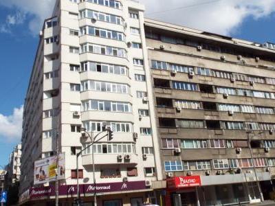 Inchiriez apartament 2 camere, Magheru, pret avantajos