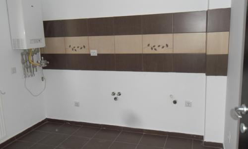 2 camere etaj 1 in bloc nou (Bd Metalurgiei)