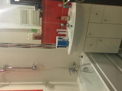 Proprietar Inchiriez apartament 3 camere(2 dormitoare + Living), complet mobilat/utilat, LUX, DECOMANDAT, in bloc nou, zona Militari, Lujerului
