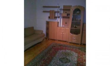 Particular inchiriez apartament 2 camere