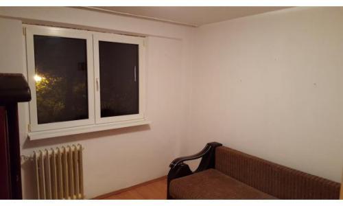 Proprietar,inchiriez apartament zona Luica