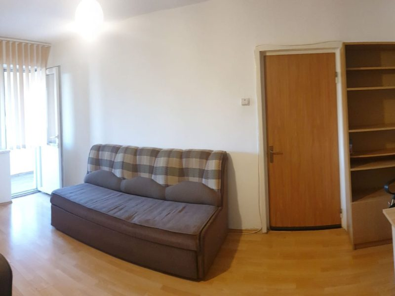 Vand apartament 2 camere zona Gorjului, Militari