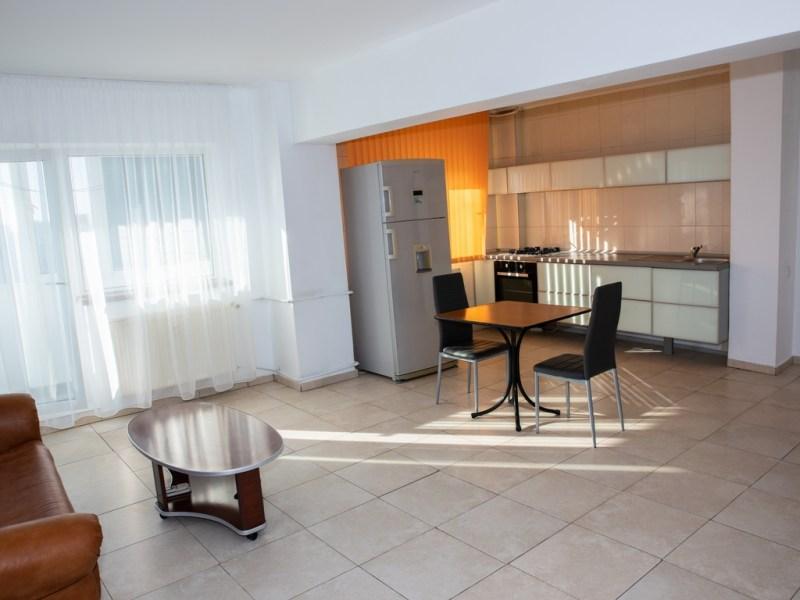 Particular inchiriez apartament 2 camere Panduri - Marriott -13 Septembrie