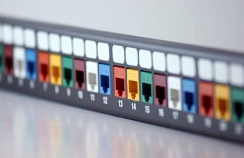 Network Switch with Multicolored Ports