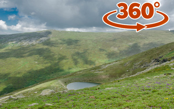 Small lake - Pelister - 360 * Virtual walk