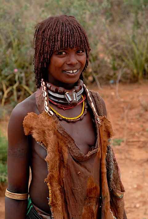https://i1.wp.com/off2africa.synthasite.com/resources/Hamer-Woman-1w_D2S2389.jpg