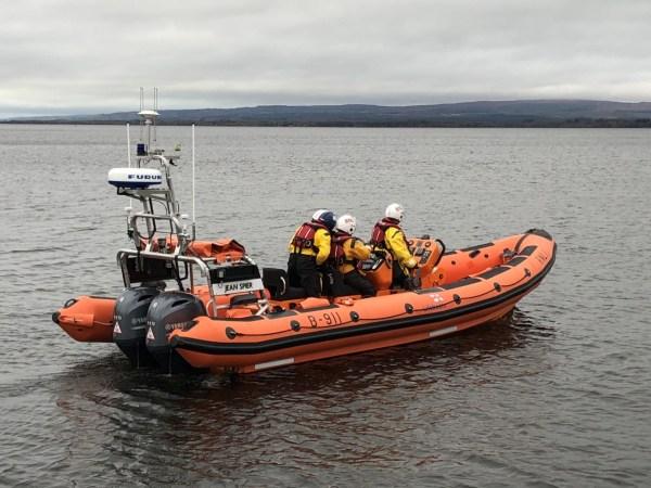 Lough Derg RNLI assist nine people on 55ft vessel aground near Drominagh