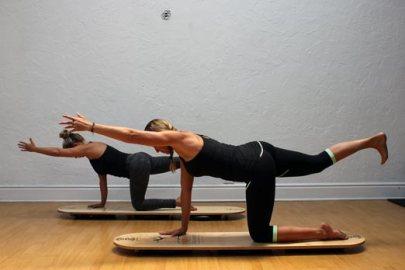 12-spinal-balance-pose