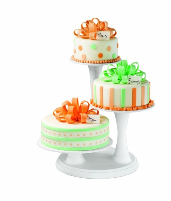 asymetrical cake stand