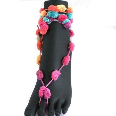 Pom-pom barefoot sandals