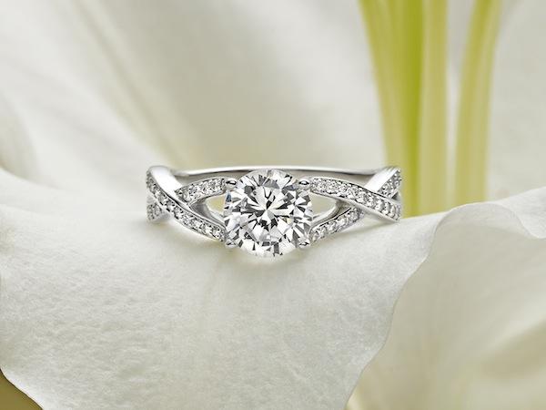 Amore Diamond Ring