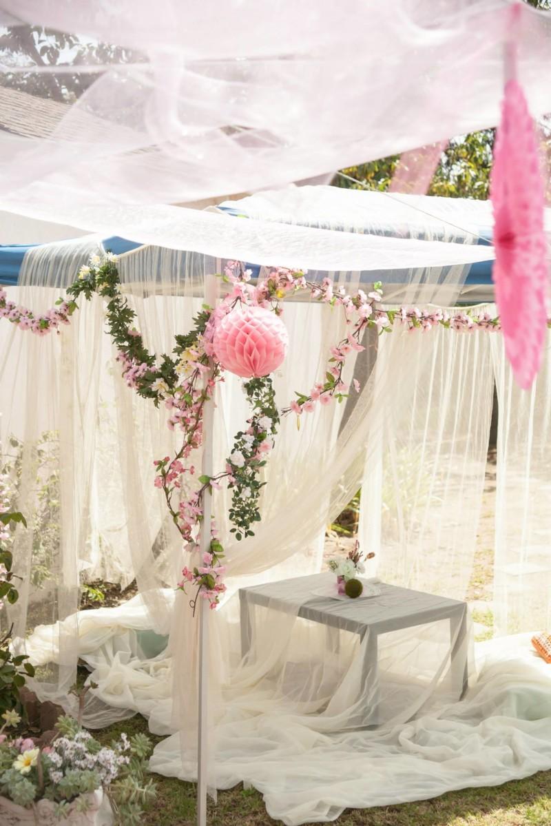 austenland bridal shower decor 1