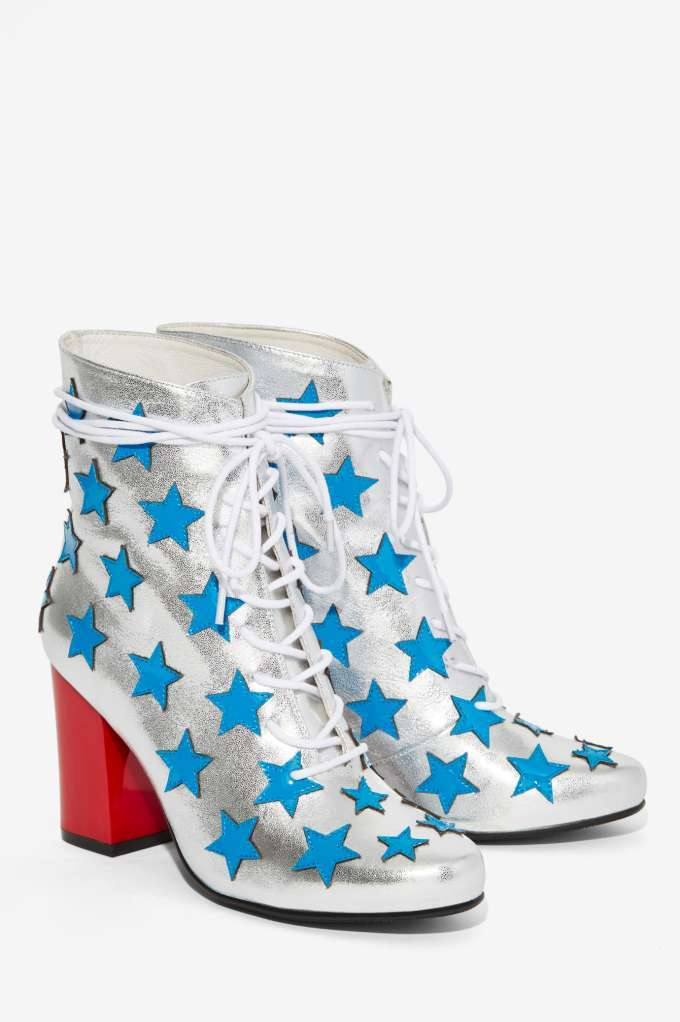 star sparkly boots