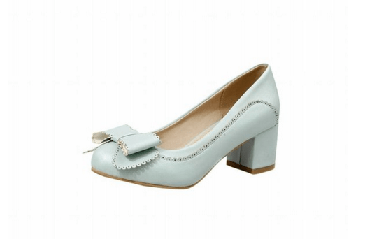 cute shoes on offbeat bride