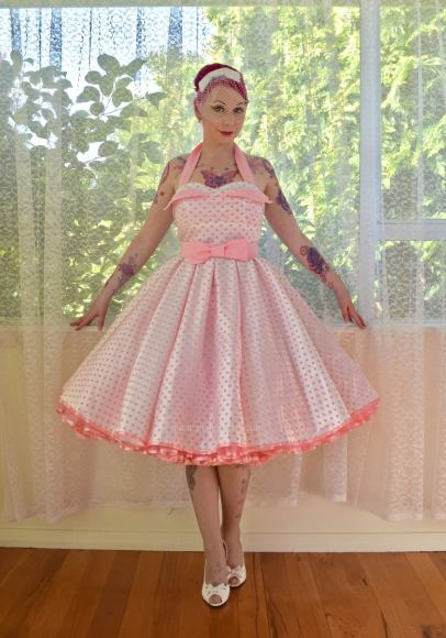 PixiePocket Rockabilly 1950s wedding dresses on offbeat bride (5)
