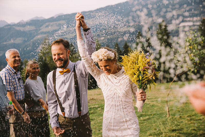 Wildflowers and campfires at this intimate wedding in Austria
