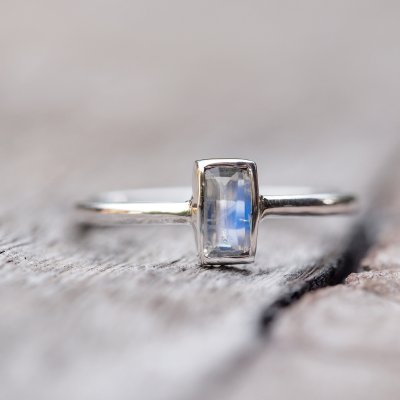 moonstone engagement rings might be your new obsession