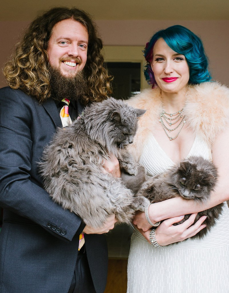 ways to include your pet in the wedding day