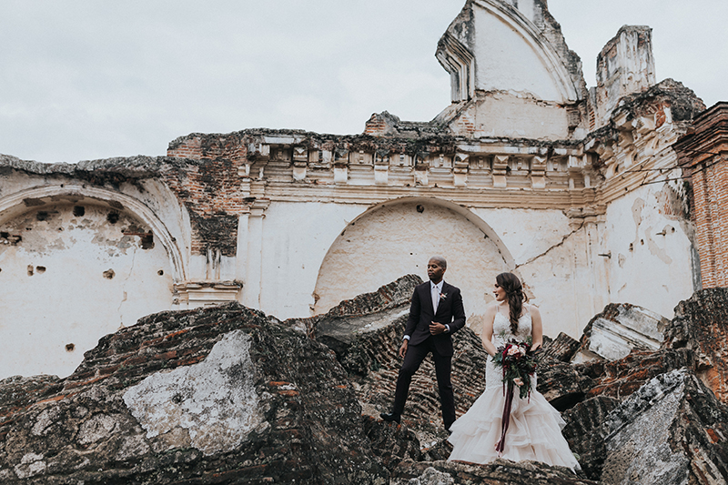 Moody romance reigns at this creative wedding in Antigua, Guatemala