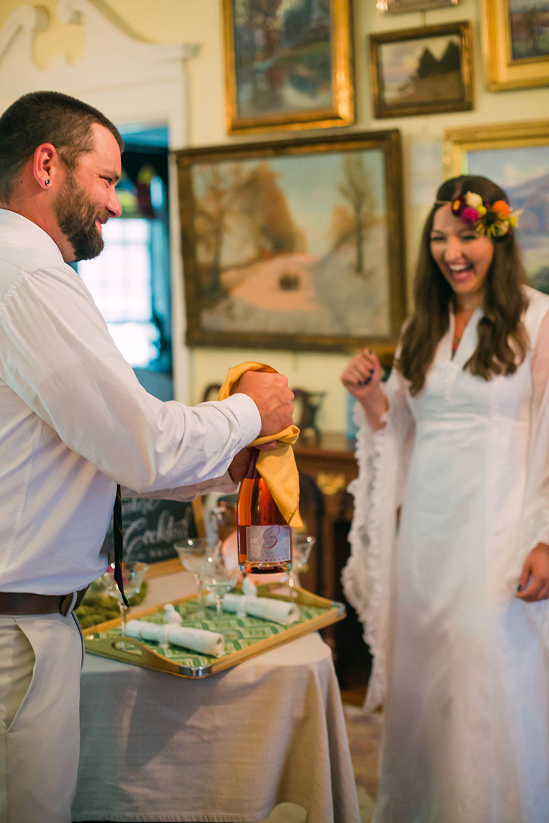 Vintage vibes at this 1970s-inspired NY waterfall vow renewal