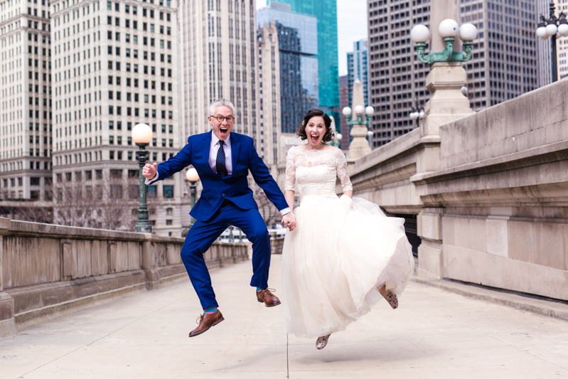 Feast your eyes on this joyful Chicago elopement with donuts & dogs