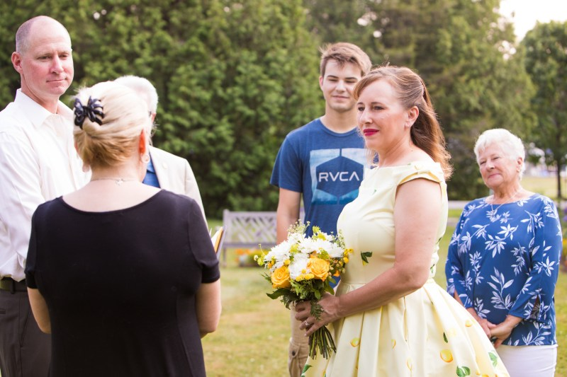 A lemon-love elopement by the water of Lake Champlain in Vermont