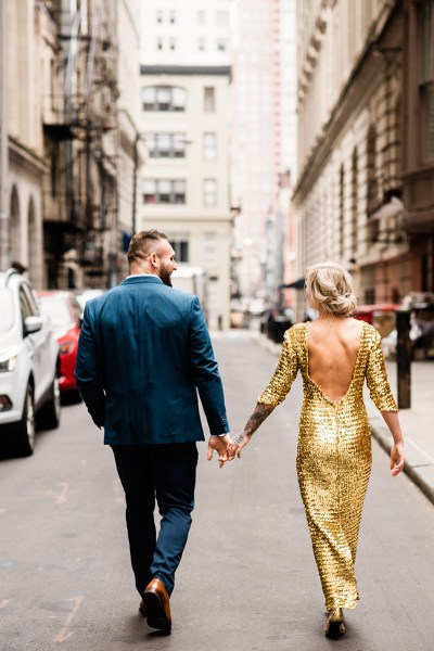 A sweet Philadelphia elopement with an homage to some of the best photo spots in Philly