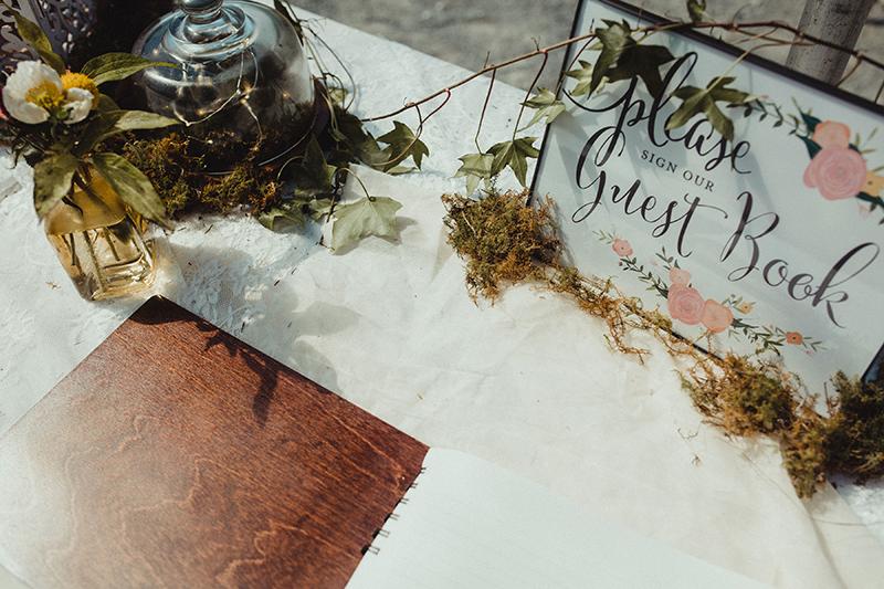 Apothecary vibes meet the sweet South at this South Carolina wedding