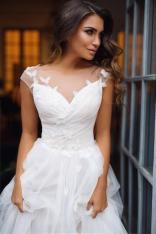 Mila Bridal on Offbeat Bride (2)